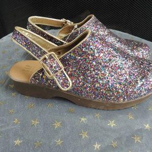 NEW Youth Girls Shoe Sz 3 GAP Multi Glitter Shoes